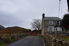 I love this little house on the lane